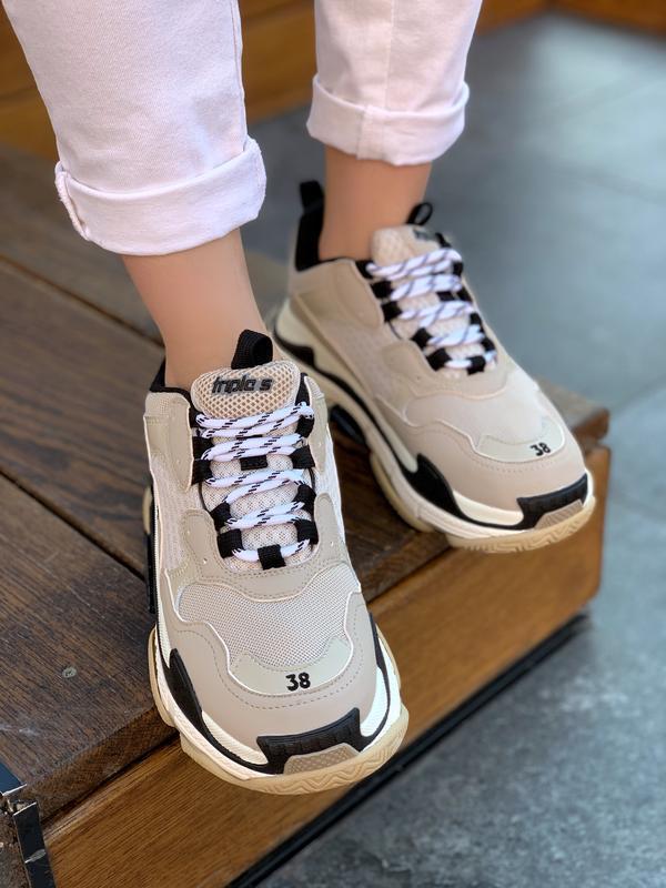 Шикарные женские кроссовки balenciaga triple s beige бежевые с... - Фото 3