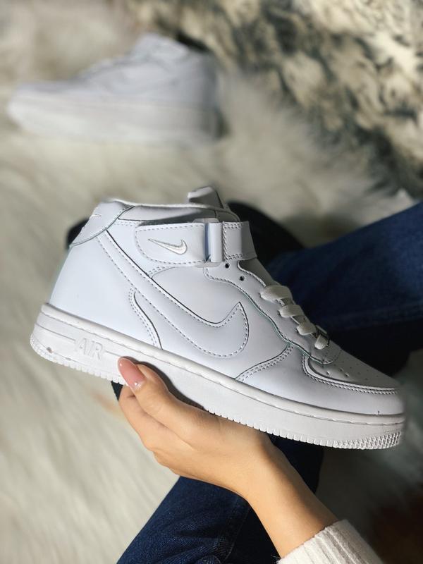 Шикарные женские кроссовки nike air force 1 high white с мехом...