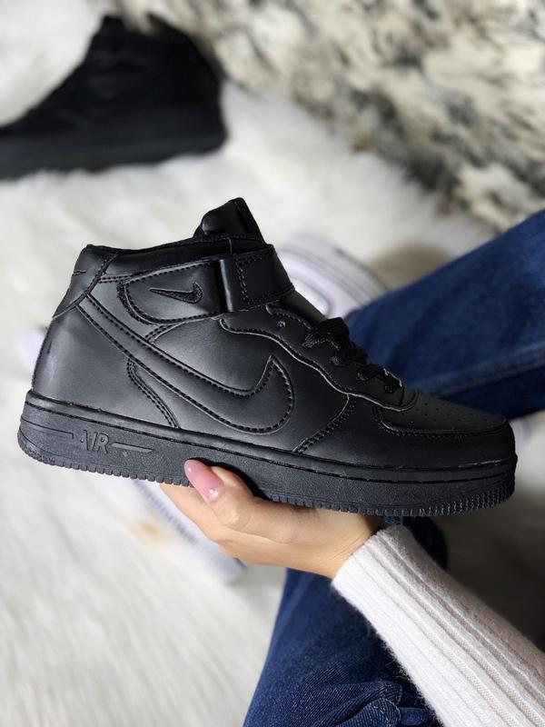 Шикарные женские кроссовки nike air force 1 high black с мехом...
