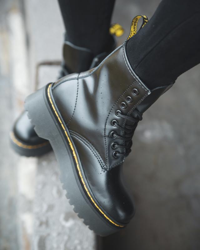 Шикарные женские ботинки dr. martens jadon fury с мехом зимние...