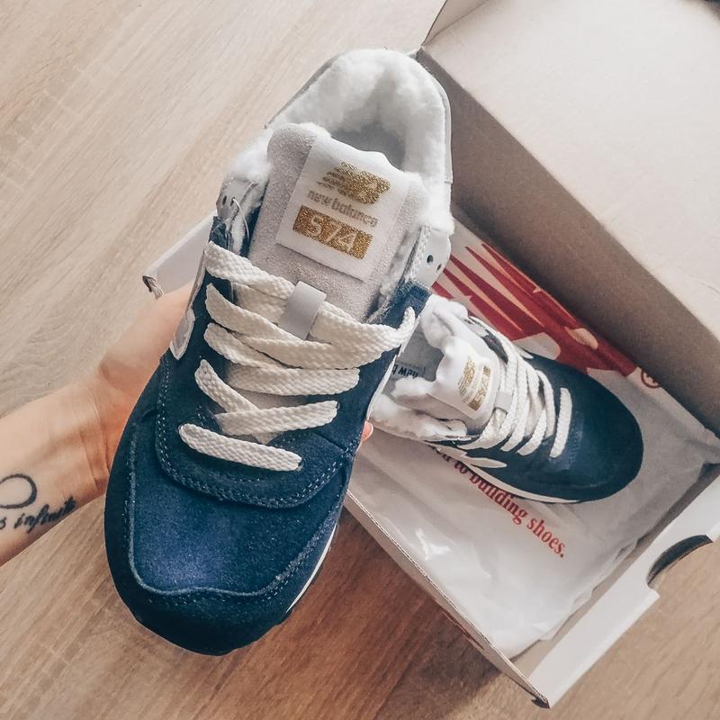 Шикарные женские кроссовки new balance 574 blue зимние с мехом... - Фото 5