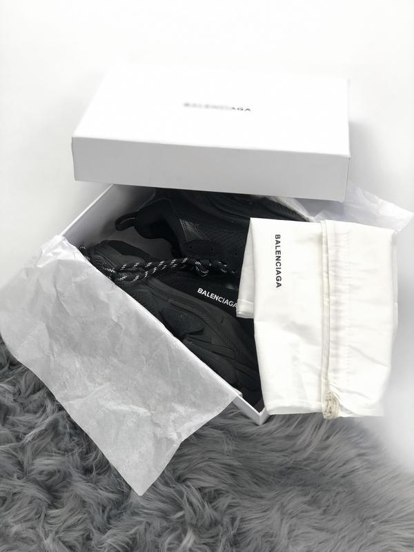 Balenciaga triple s black шикарные женские кроссовки чёрные ве... - Фото 6