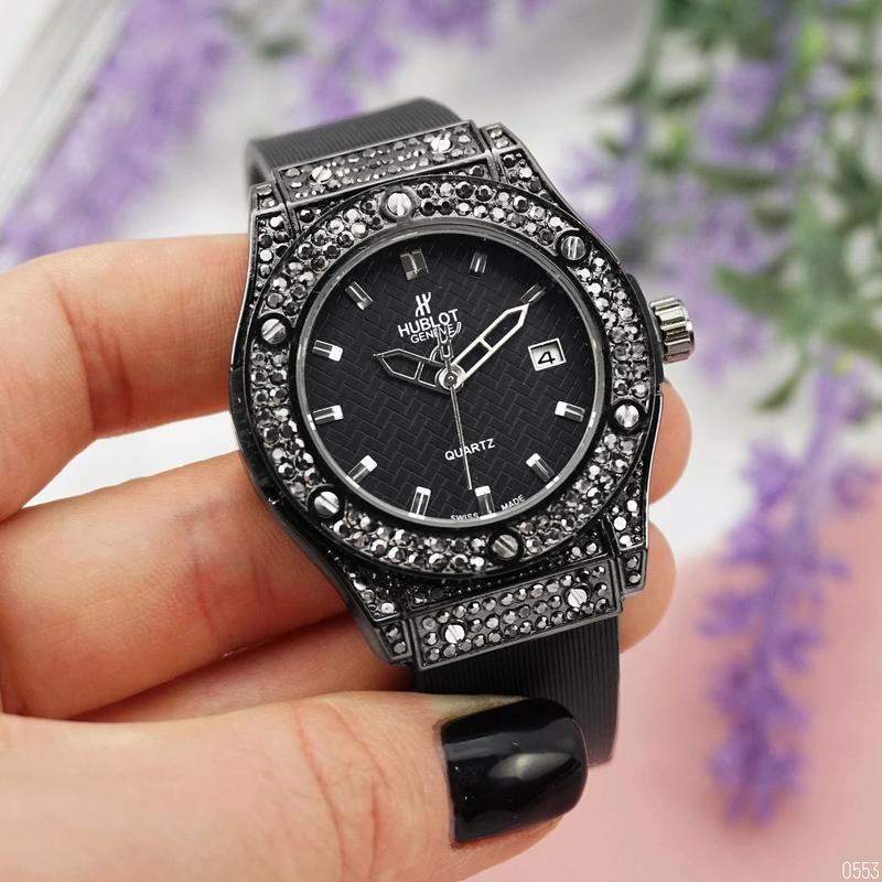 Hublot big bang шикарные женские часы чёрные наручные красивые