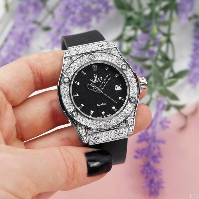 Hublot big bang шикарные женские часы серебристые наручные кра...