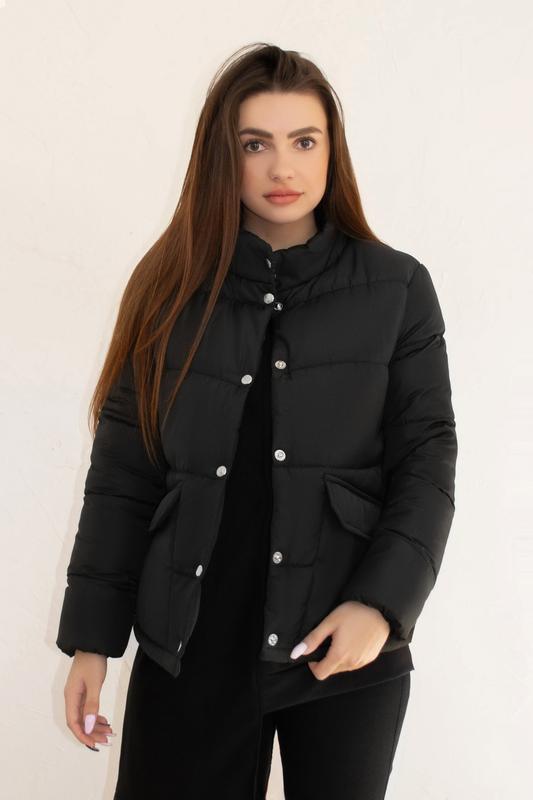Женская куртка чёрная зимняя