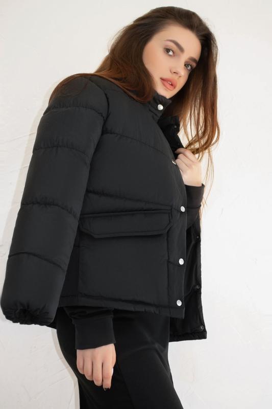 Женская куртка чёрная зимняя - Фото 3