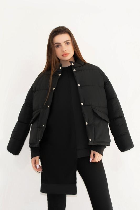 Женская куртка чёрная зимняя - Фото 4