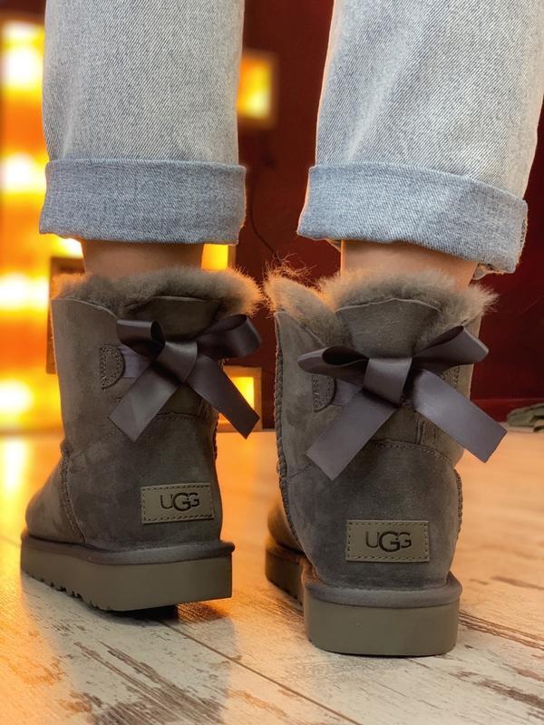 😊ugg bailey bow mini gray🤗 женские сапоги угги серые зимние с ... - Фото 8