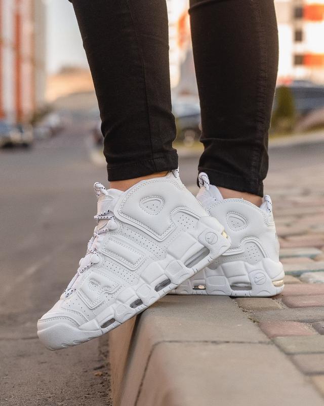 😊nike air more uptempo white🤗 женские кроссовки найк белые осе...