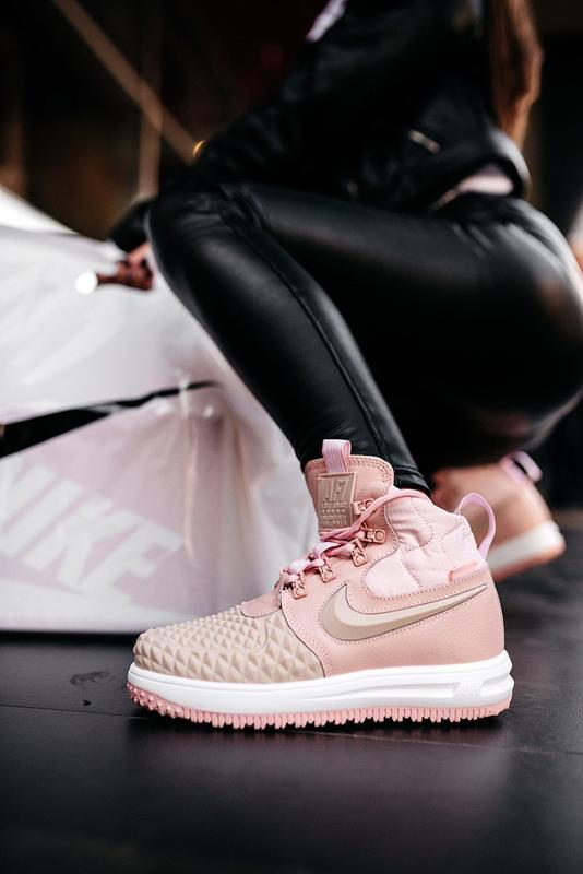 😊nike dukb00t 17 pink🤗 женские кроссовки розовые осень зима - Фото 3
