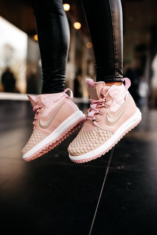 😊nike dukb00t 17 pink🤗 женские кроссовки розовые осень зима - Фото 4