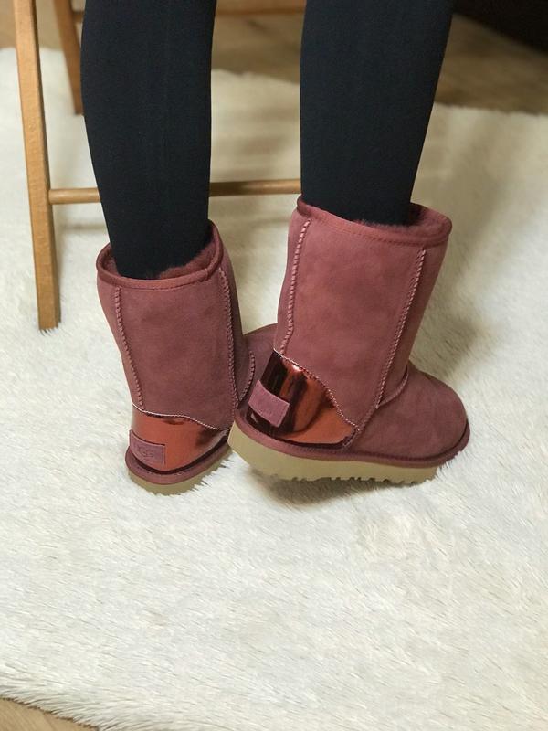 Ugg classic short ii boot metallic bordeaux🤗 натуральные женск... - Фото 5