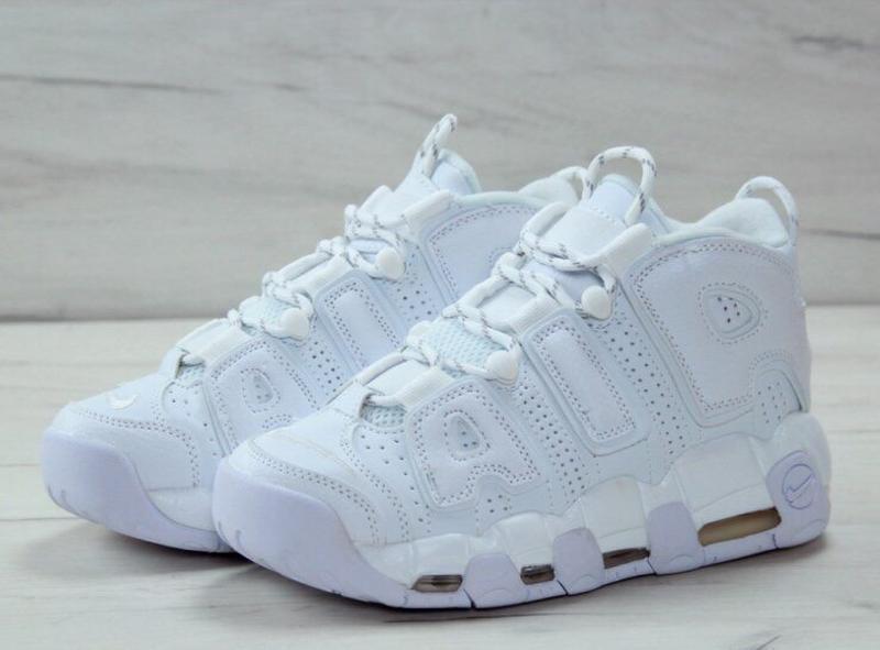 Шикарные женские кроссовки nike air uptempo white