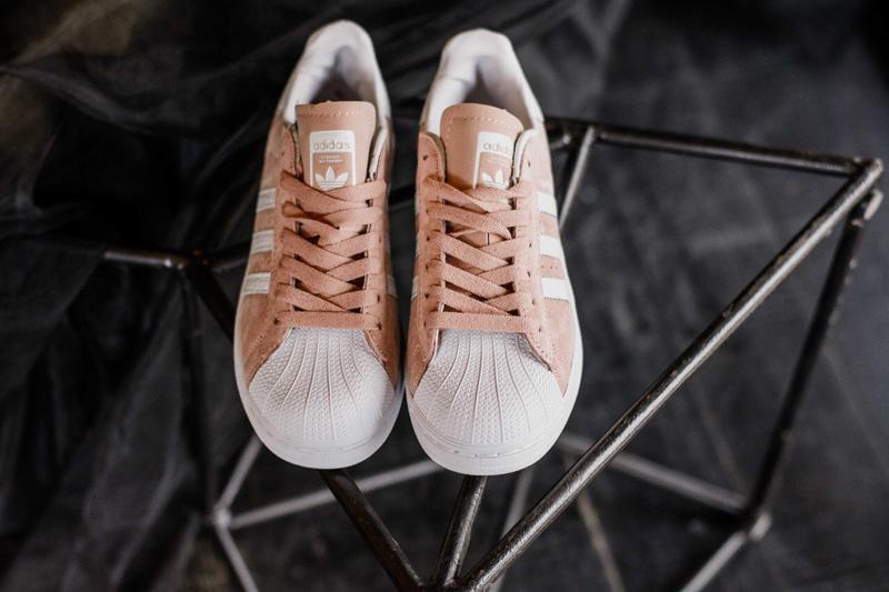 Шикарные женские кроссовки adidas superstar