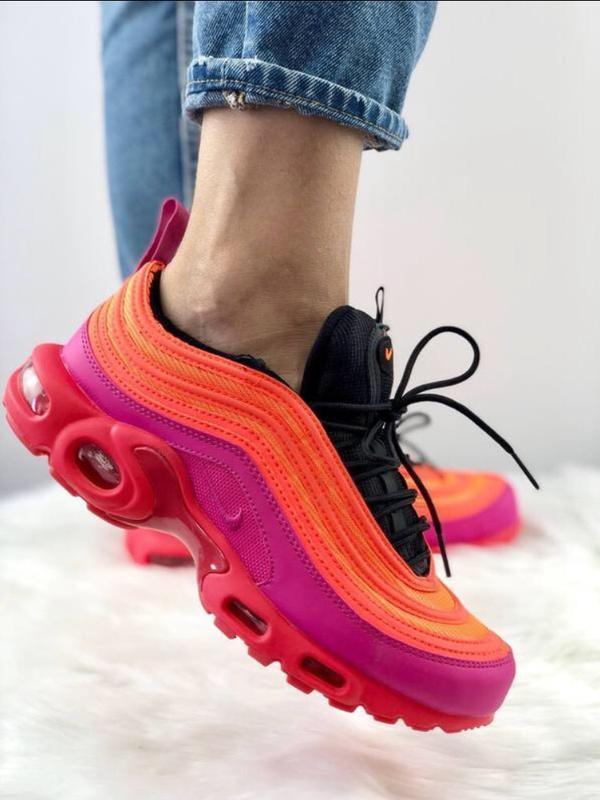 Шикарные женские кроссовки nike air max plus 97