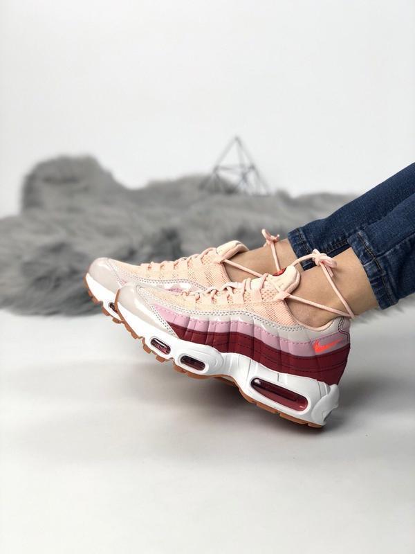 Шикарные женские кроссовки nike air max 95