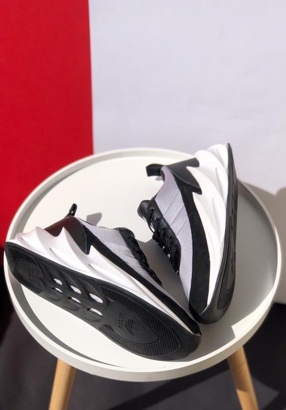 Шикарные мужские кроссовки adidas sharks - Фото 6