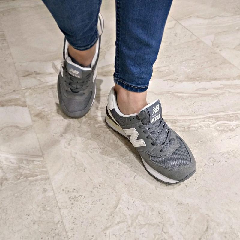 Шикарные женские кроссовки new balance 574 grey - Фото 3