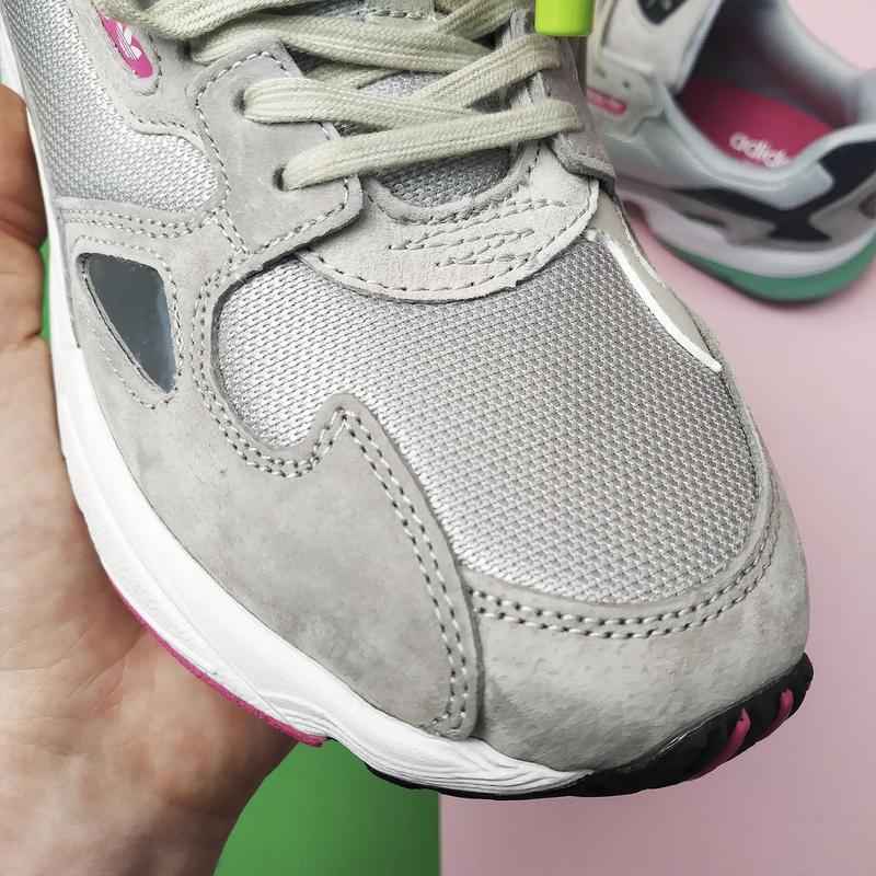 Шикарные женские кроссовки adidas falcon grey/green - Фото 6