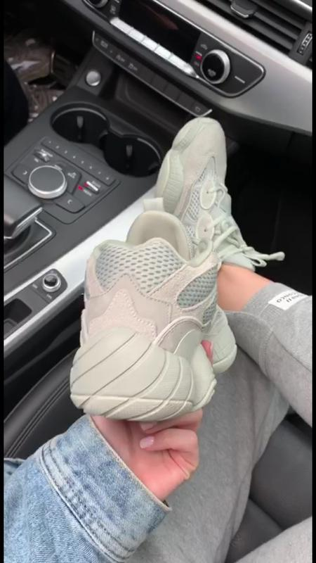 Шикарные кроссовки adidas  yeezy boost 500 salt - Фото 5