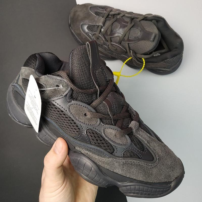 Шикарные кроссовки adidas yeezy  boost 500 black