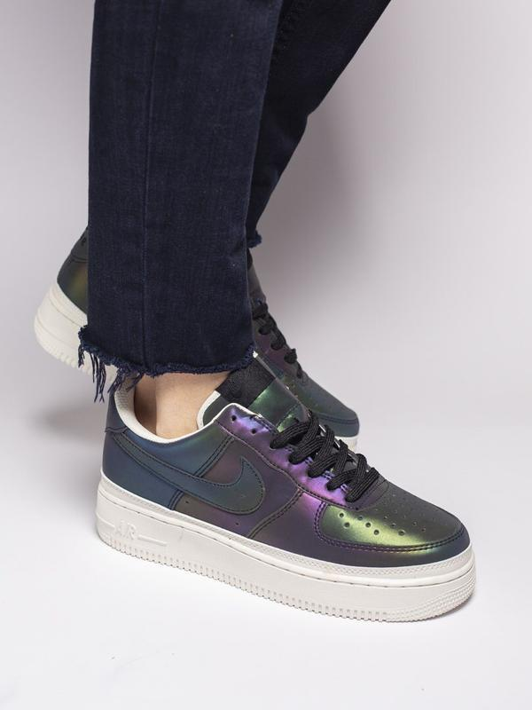 Шикарные женские кроссовки nike air force reflective