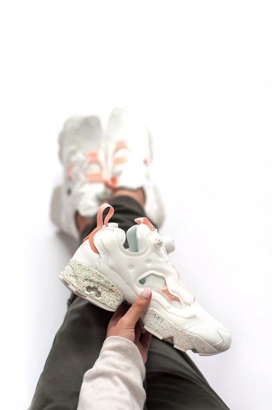 Шикарные женские кроссовки reebok insta pump