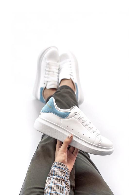 Шикарные женские кроссовки alexander mcqueen white/blue