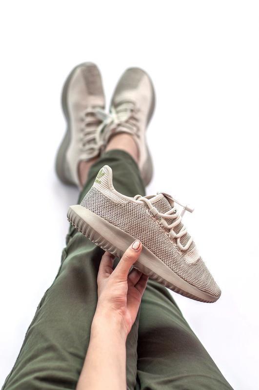 Шикарные женские кроссовки adidas tubular shadow