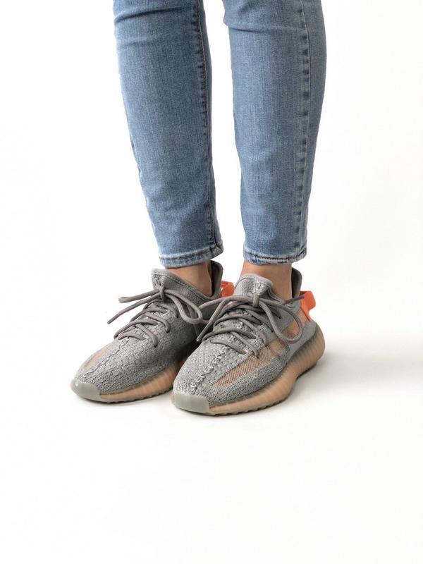 Шикарные женские кроссовки adidas yeezy boost 350 - Фото 2