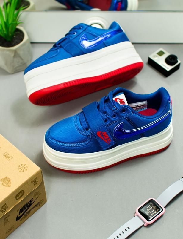 Шикарные женские кроссовки nike vandal 2k blue