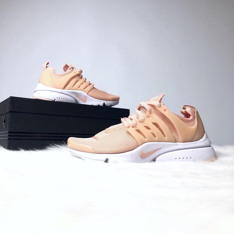 Шикарные женские кроссовки nike presto