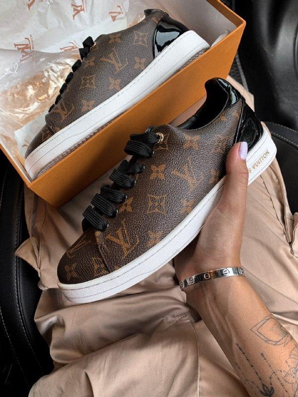 Шикарные женские кроссовки louis vuitton