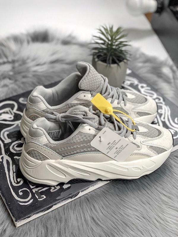 Шикарные женские кроссовки adidas yeezy static 700 v.2.0 - Фото 6