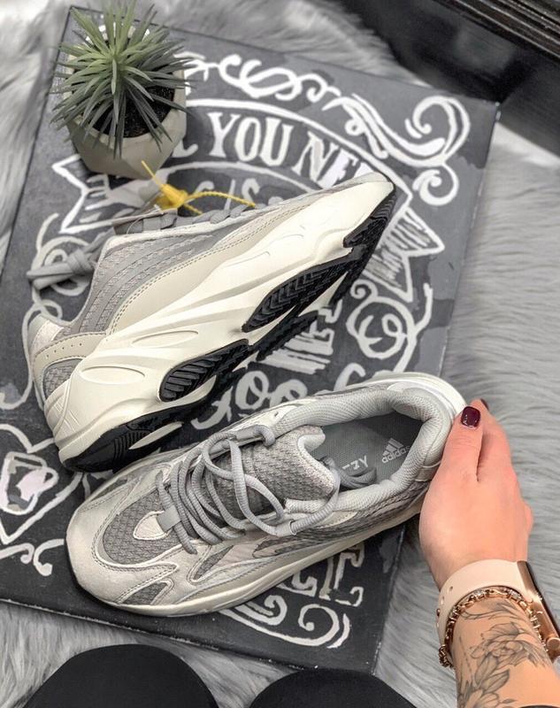 Шикарные женские кроссовки adidas yeezy static 700 v.2.0 - Фото 7