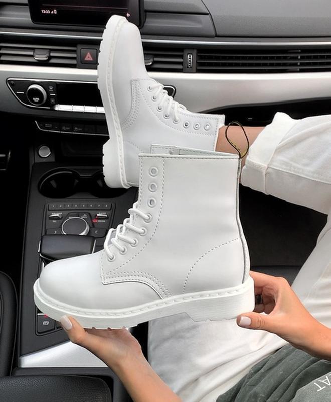 Шикарные женские ботинки dr.martens white
