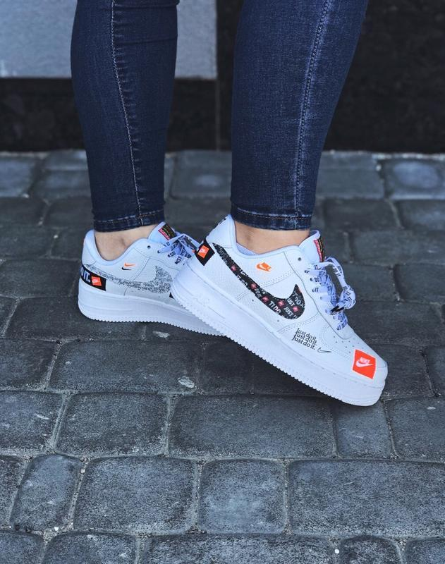 Шикарные женские кроссовки nike air force just do it white