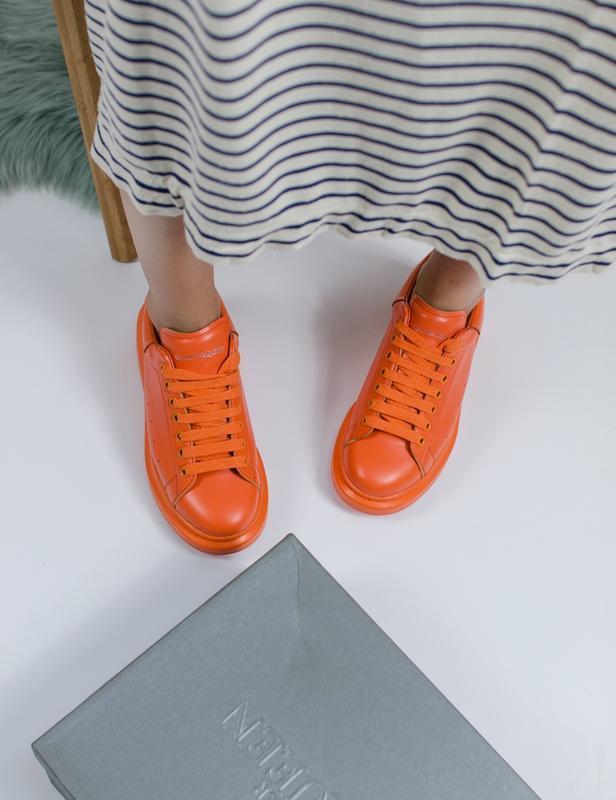 Шикарные женские кроссовки alexander mcqueen orange - Фото 3