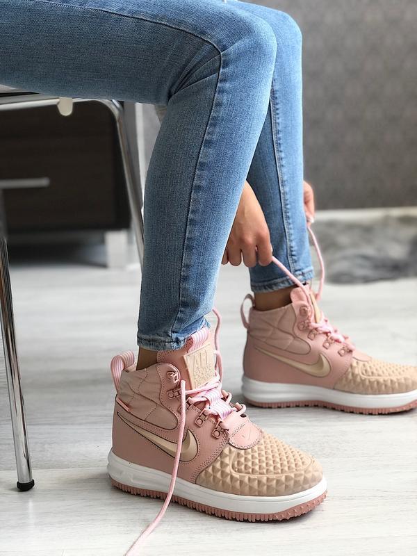 Шикарные женские кроссовки nike lunar force duckboot pink
