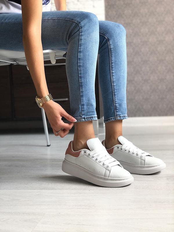 Шикарные женские кроссовки alexander mcqueen white/pink