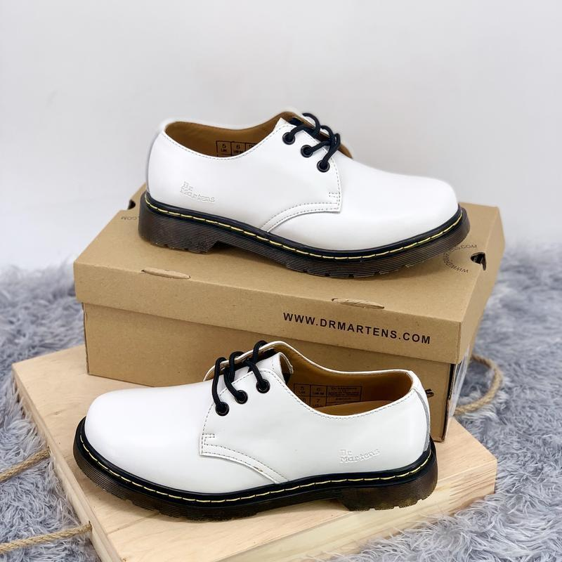 Шикарные женские туфли dr.martens 1461 white