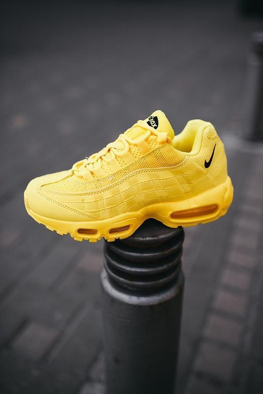"""Шикарные женские кроссовки nike air max 95 """"yellow"""" - Фото 4"""