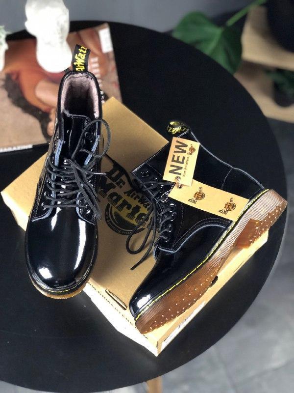 Шикарные женские зимние ботинки dr.martens 1460 black lacquere... - Фото 3