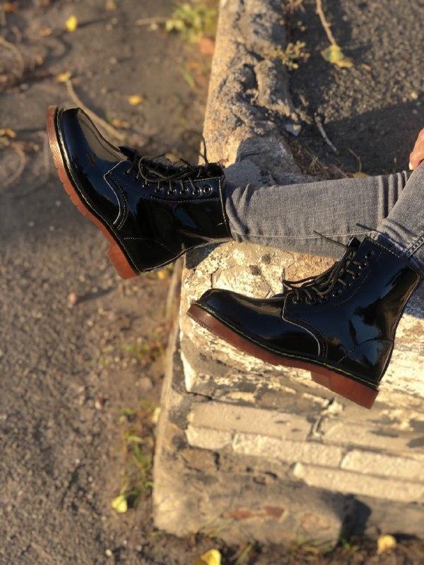 Шикарные женские зимние ботинки dr.martens 1460 black lacquere... - Фото 5