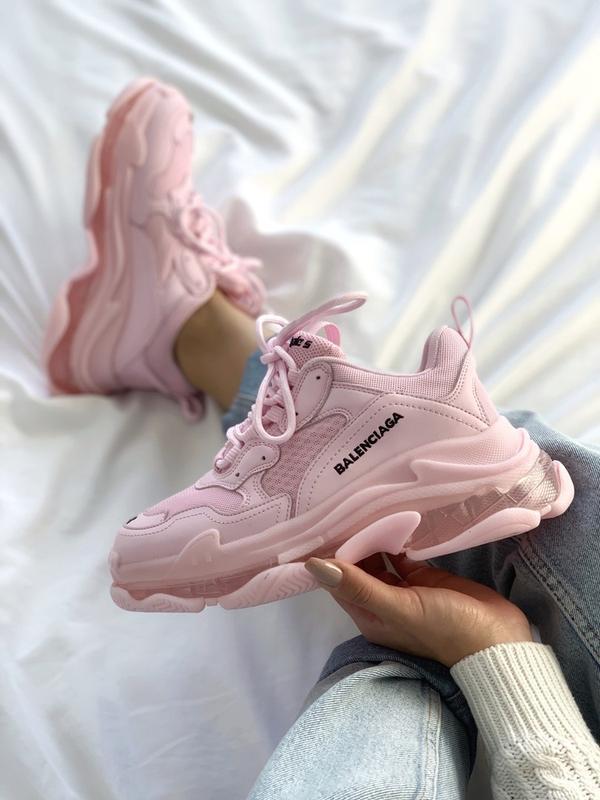 Шикарные женские кроссовки balenciaga triple s pink