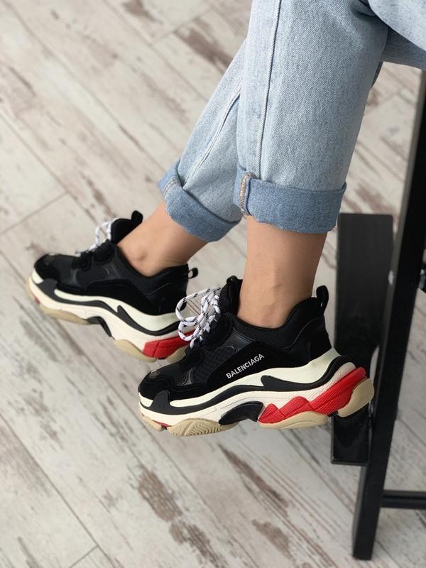 Шикарные женские кроссовки balenciaga triple s black red - Фото 2