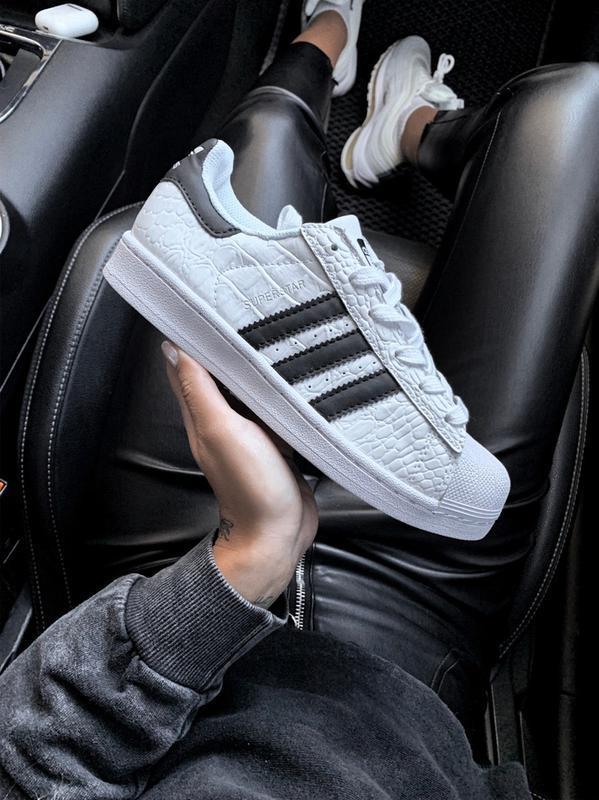 Шикарные женские кроссовки adidas superstar b/w