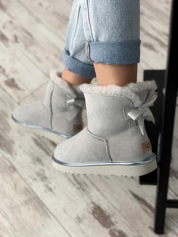 Шикарные женские сапоги ботинки зимние ugg bailey bow mini lig... - Фото 2