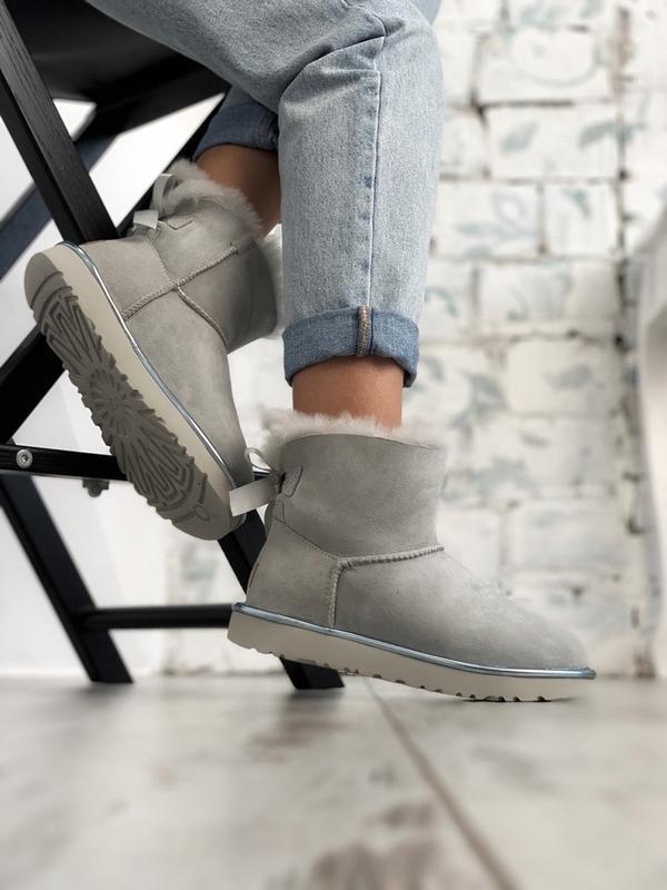 Шикарные женские сапоги ботинки зимние ugg bailey bow mini lig... - Фото 3