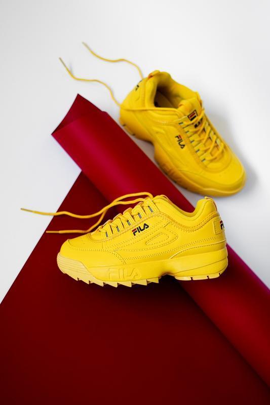Шикарные женские кроссовки fila disruptor 2 yellow